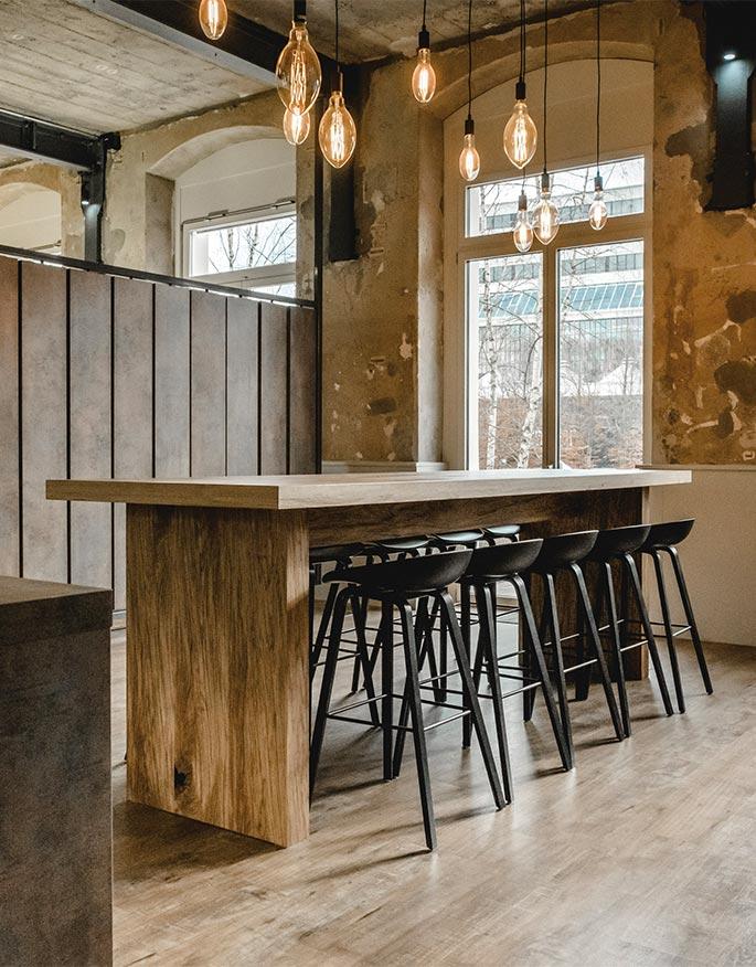 Gastro- und Büromöbel
